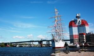 Gothenburg waterfront and Lilla Bommen (Lego House) under blue sky